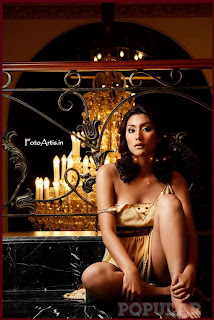 Tyas Mirasih Model di Majalah Popular