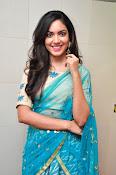 Ritu Varma latest glam pics-thumbnail-1