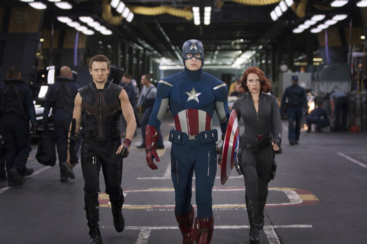 http://3.bp.blogspot.com/-P63AbnEQZpw/T6nw5ghk10I/AAAAAAAAAKI/GDDEzL5-Clk/s1600/The+Avengers.jpg