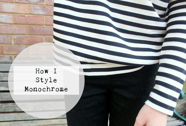 monochrome fashion bloggers black and white
