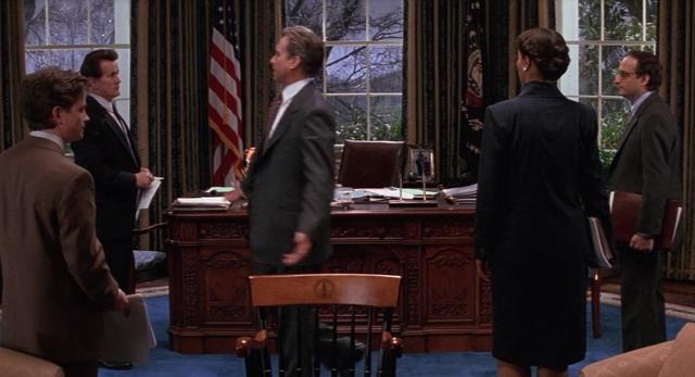 <b>president</b>+shepard+speaks+with+staff+<b>the+american</b>+president+1995+movie ...