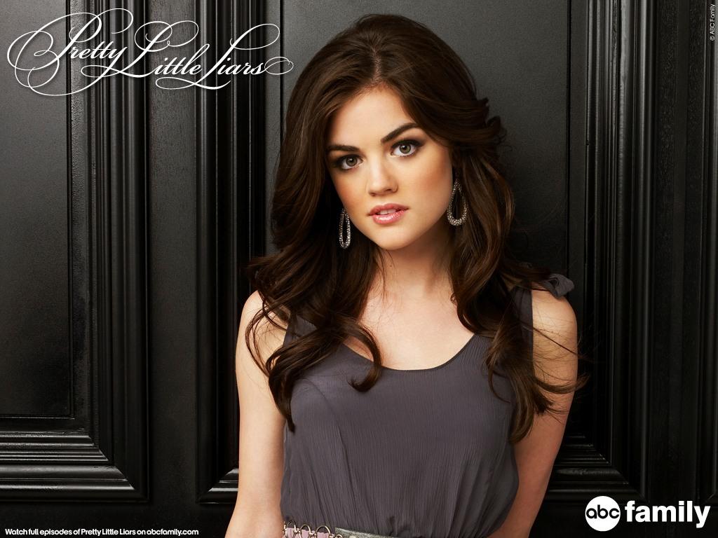 http://3.bp.blogspot.com/-P6b67VL44lY/TZuLVKNzkMI/AAAAAAAACPA/zbIbvIcdwh4/s1600/Pretty+Little+Liars+1.jpg
