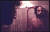 el escritor José Martín Molina en uno de sus laboratorios al desnudo