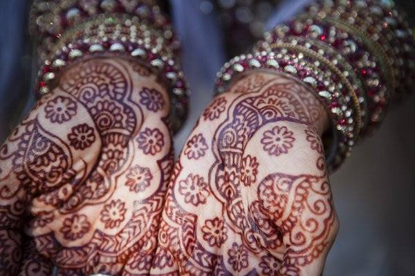 Mehndi Hand Name : Writing your future husband s name in henna sonal j shah event