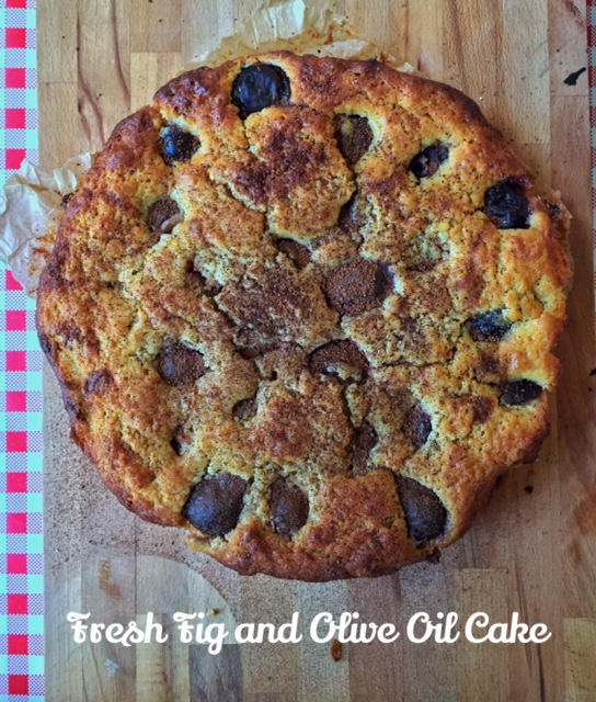 Fresh fig and extra-virgin olive oil cake