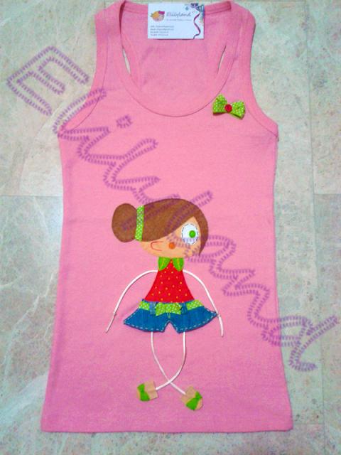 Camiseta Muñeca Fresa Rosa Fieltro a Mano