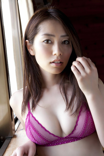 Cute Japanese-Japanese Gravure Idol Momoko Tani Latest Photos
