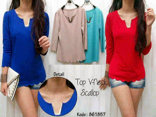 Top V-neck Scallop