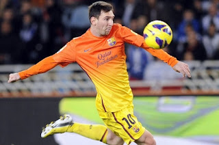 Lionel Messi in action against Granada