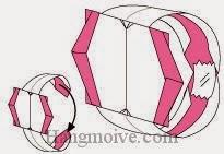 Bước 13: Lấy băng dính dán lại để hoàn thành cách xếp cái nhẫn bằng giấy theo phong cách origami.