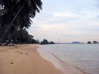 wisata alam pantai panau batam