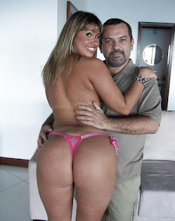 twerking girl - rs-LAT_AM1_147_1000-743993.jpg