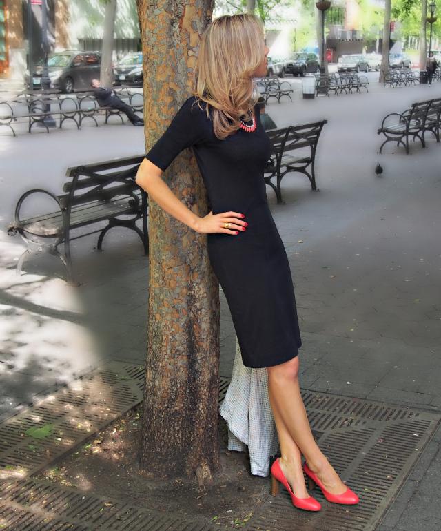 pop of coral memorandum nyc fashion lifestyle