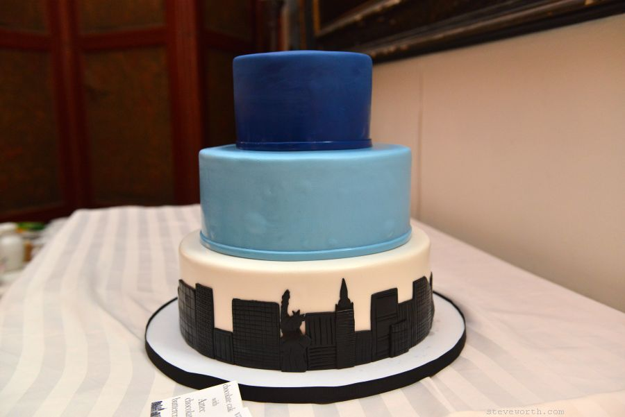 Wedding Cake - NYC skyline