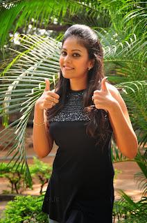 Chandini at kaalicharan premier show 013.jpg