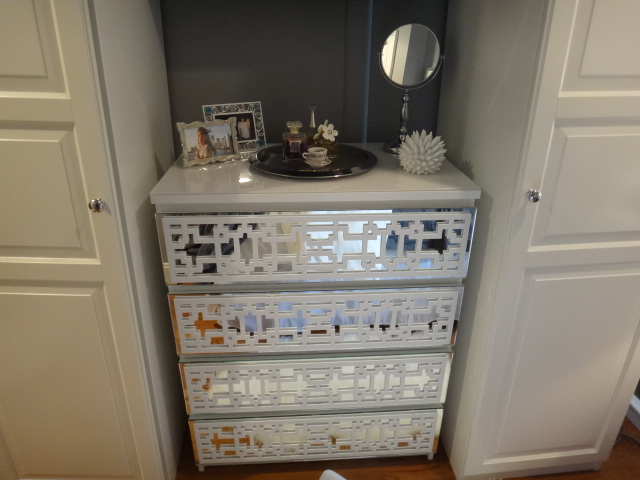 Mirrored 4 Drawer Malm With Caci Panels By Linete Diaz
