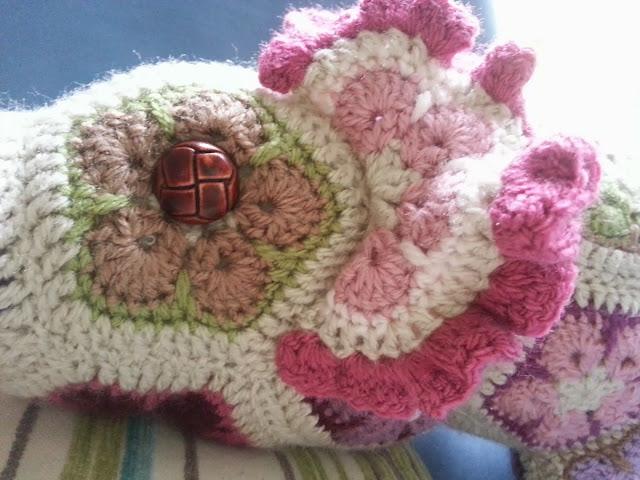 African Flower Crochet Pattern Half : KnitKnatKnotUK: Nellie the elephant packed her trunk ...