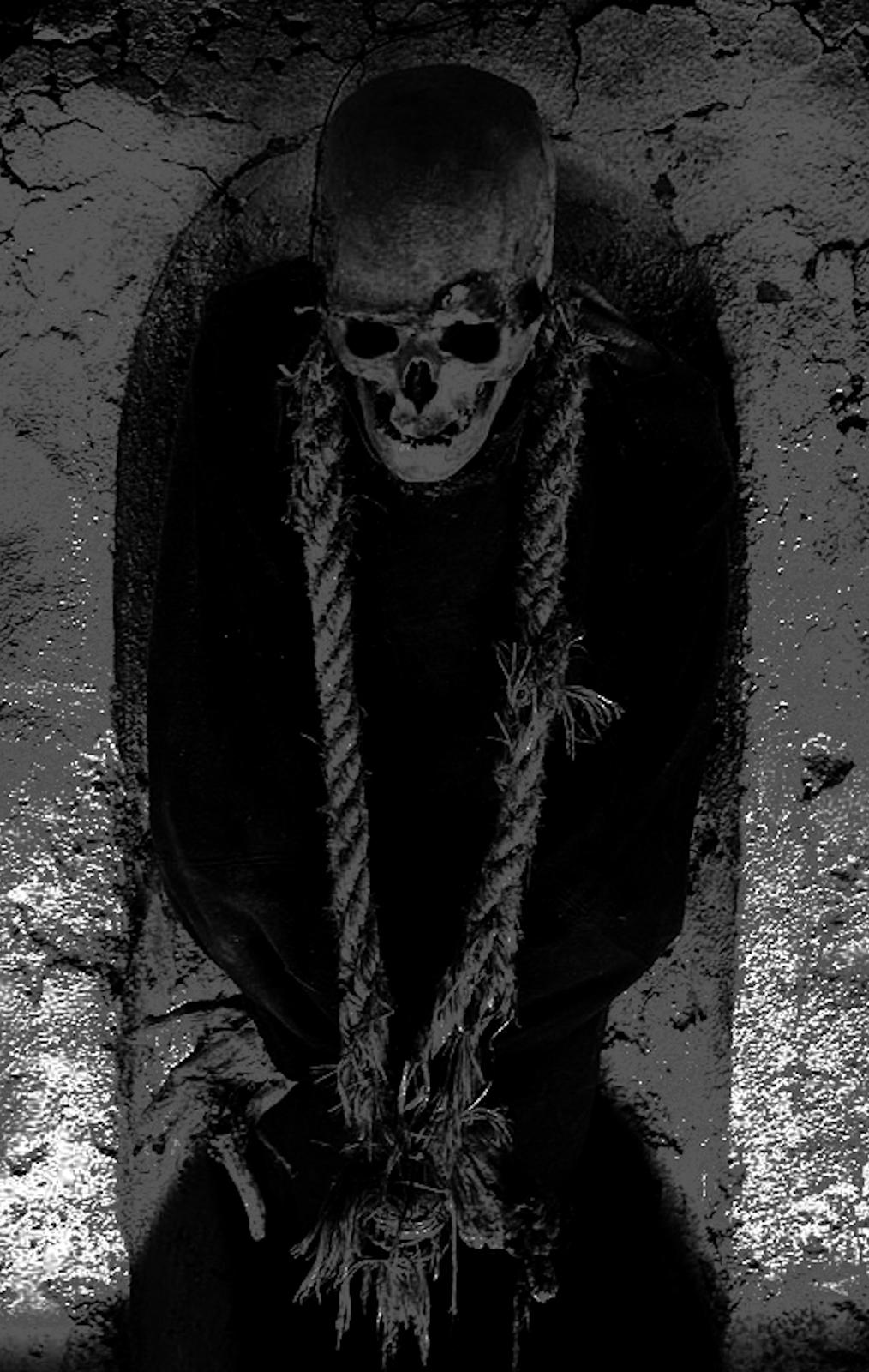 infernal machine of bones