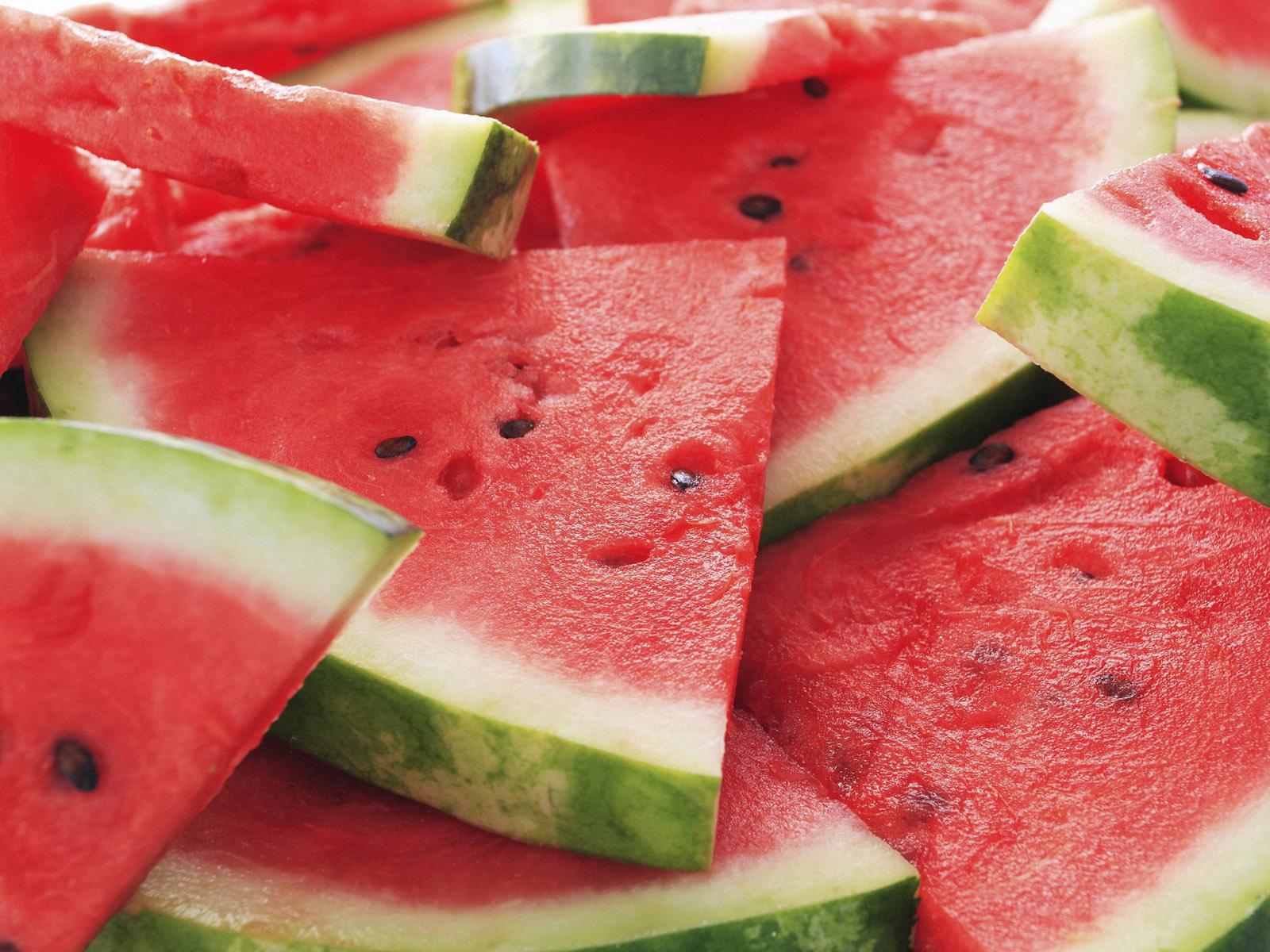 http://3.bp.blogspot.com/-P92xabv8-Hk/T3nnAeHGdvI/AAAAAAAABYA/ljg06K2VyHc/s1600/Juicy_watermelon_wallpaper.jpg