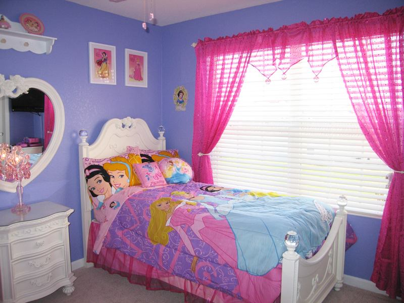 kids bedroom ideas | disney theme for kids rooms | small girls