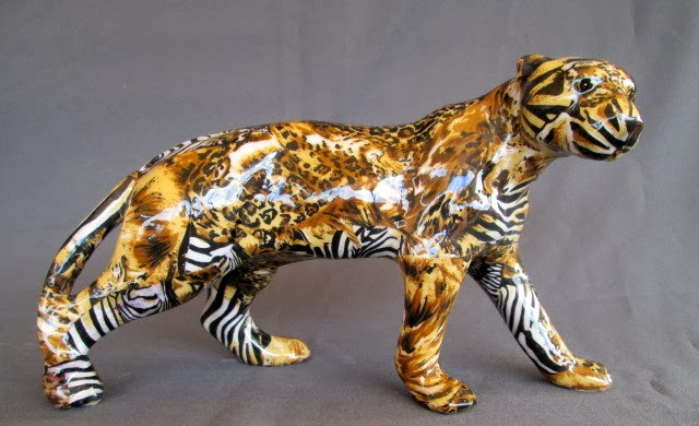 DECORACIÓN FIGURA DE LEOPARDO