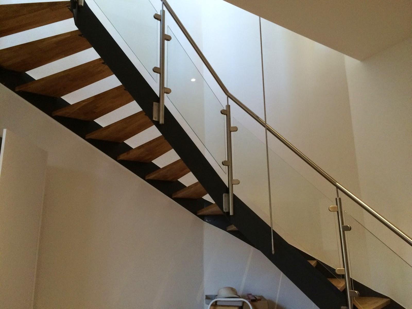 Treppen Mit Glasgeländer treppen geländer gitter in wesseling fröbel metallbau