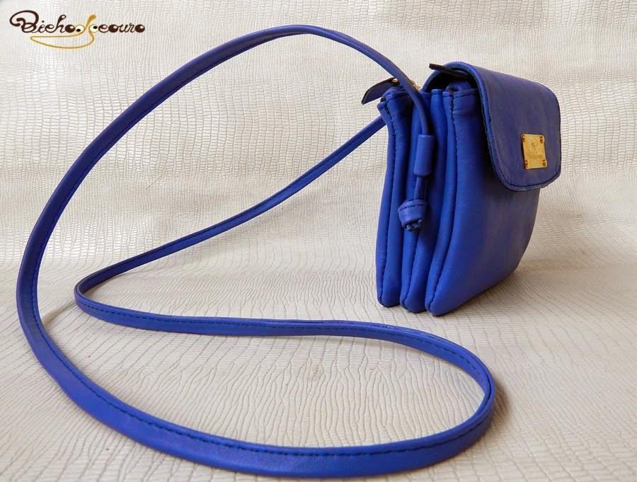 bolsa azul em couro