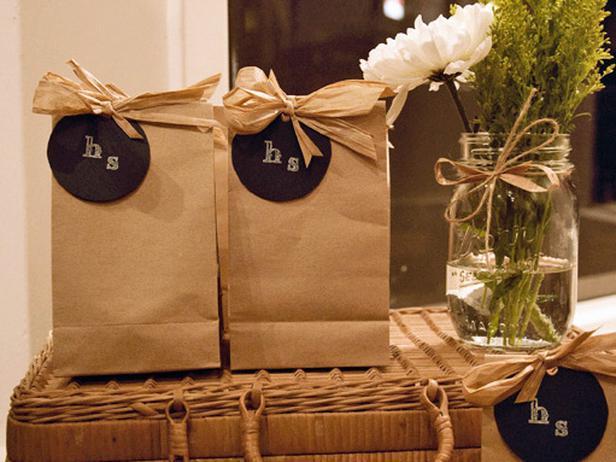 Wedding Favor Bags Ideas : Tahoe Wedding Collection: DIY Rustic Wedding Favors
