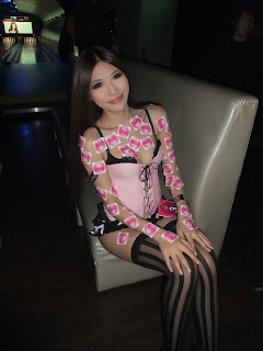 Li Xiao Xing Taiwan Sexy Model Sexy Pink Dress In Night Club 16