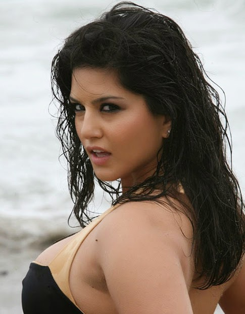 Sunny Leone Hot Black Bikini Photos   nudesibhabhi.com