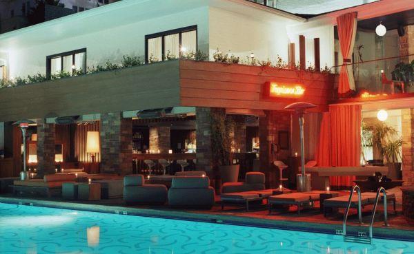 Hotel-Hotel, Penampakan Hantu, Selebriti