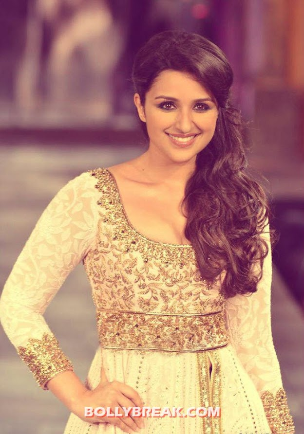 parineeti chopra - Who looked the Hottest at mijwan 2012 fashion show?