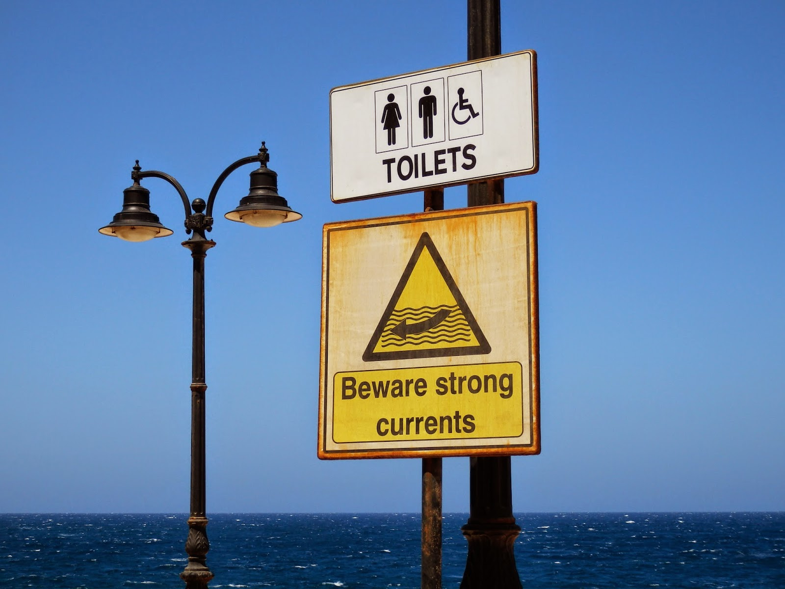 Sign in Malta
