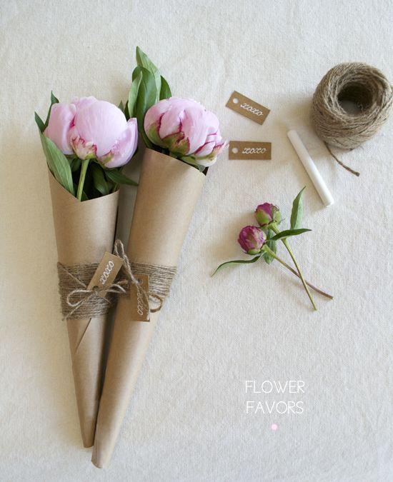 http://www.artsocialonline.com/diy-flower-favors