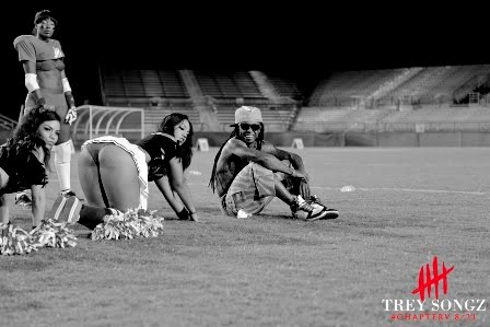 Foto do Lil Wayne no vídeo clipe Hail Mary