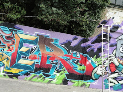 HEAVY WEIGHTS X MEETING OF STYLES