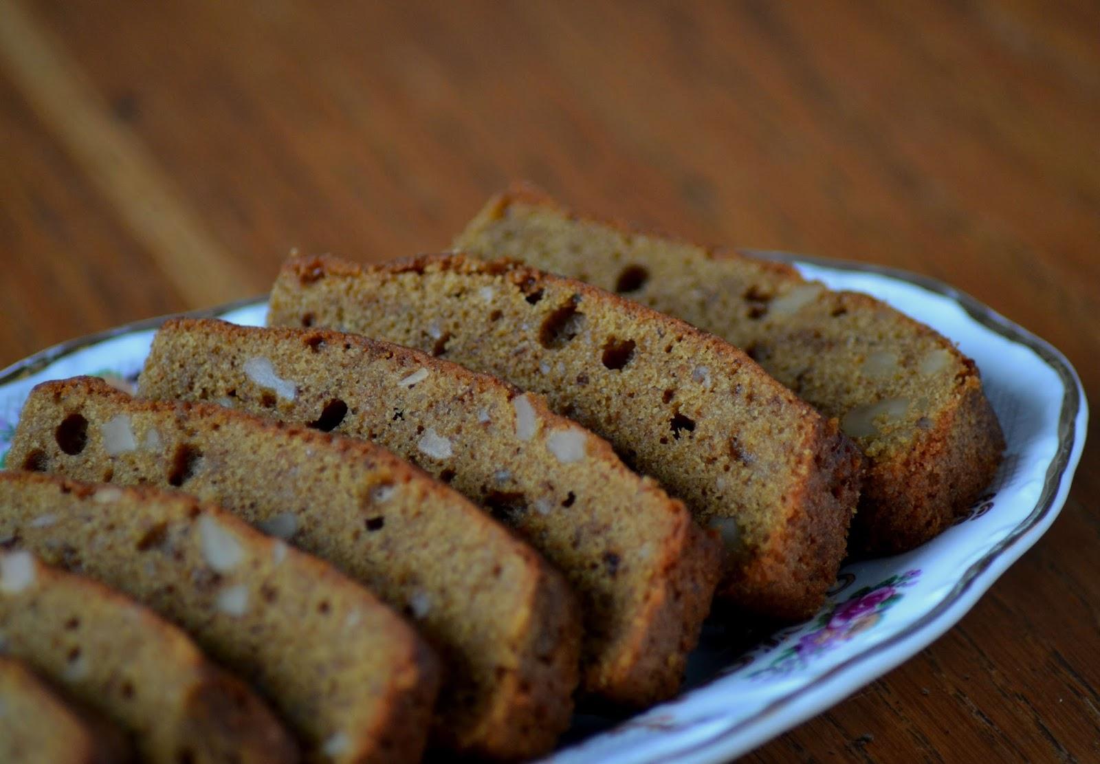 zelf cake bakken met walnoten en koffie