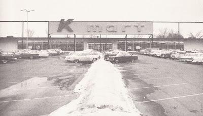 1962 : First Kmart Opened in Garden City