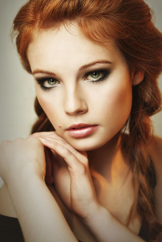 Makeup for redheads with green eyes