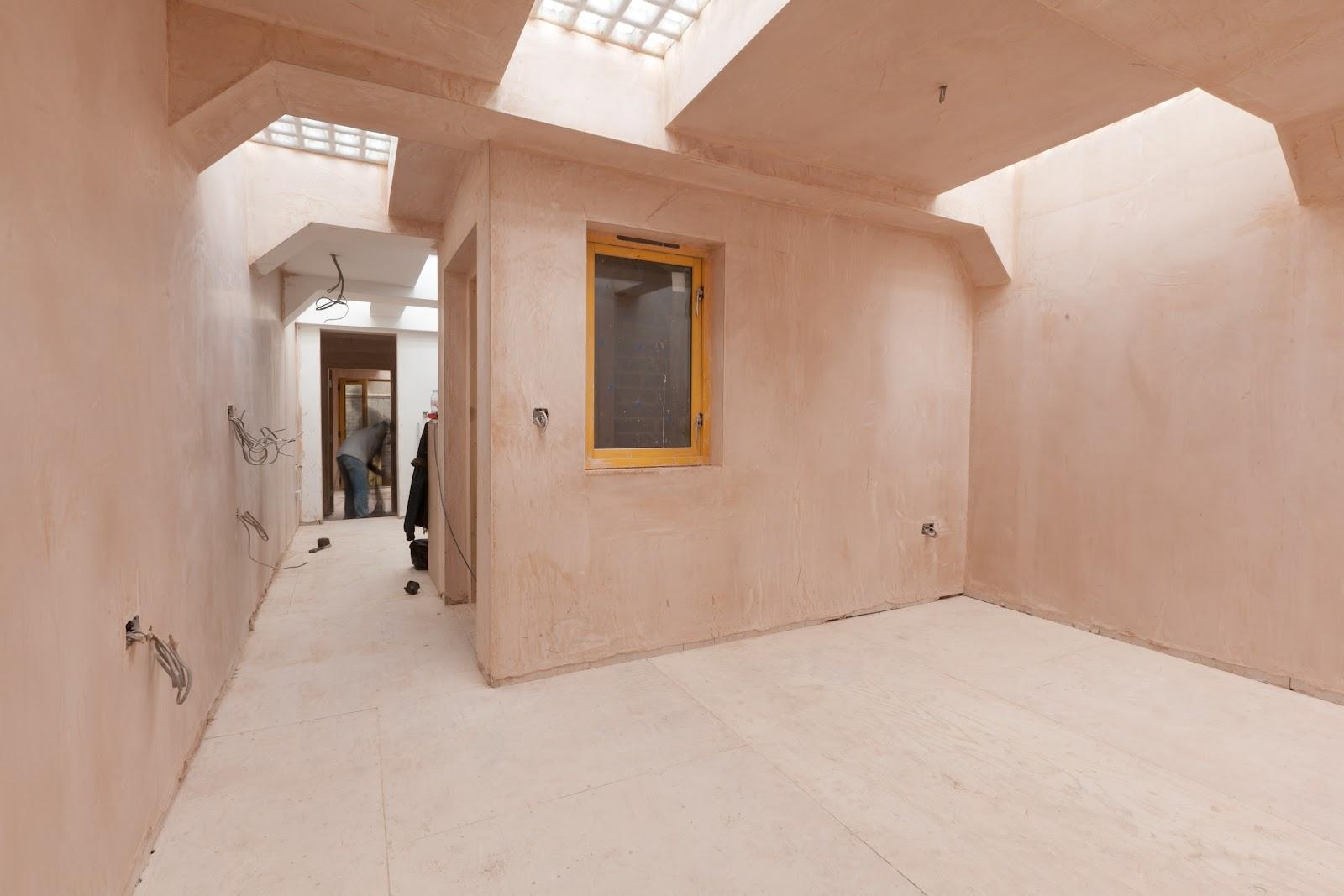 Small Spaces Underground Toilet   Interior Decorating