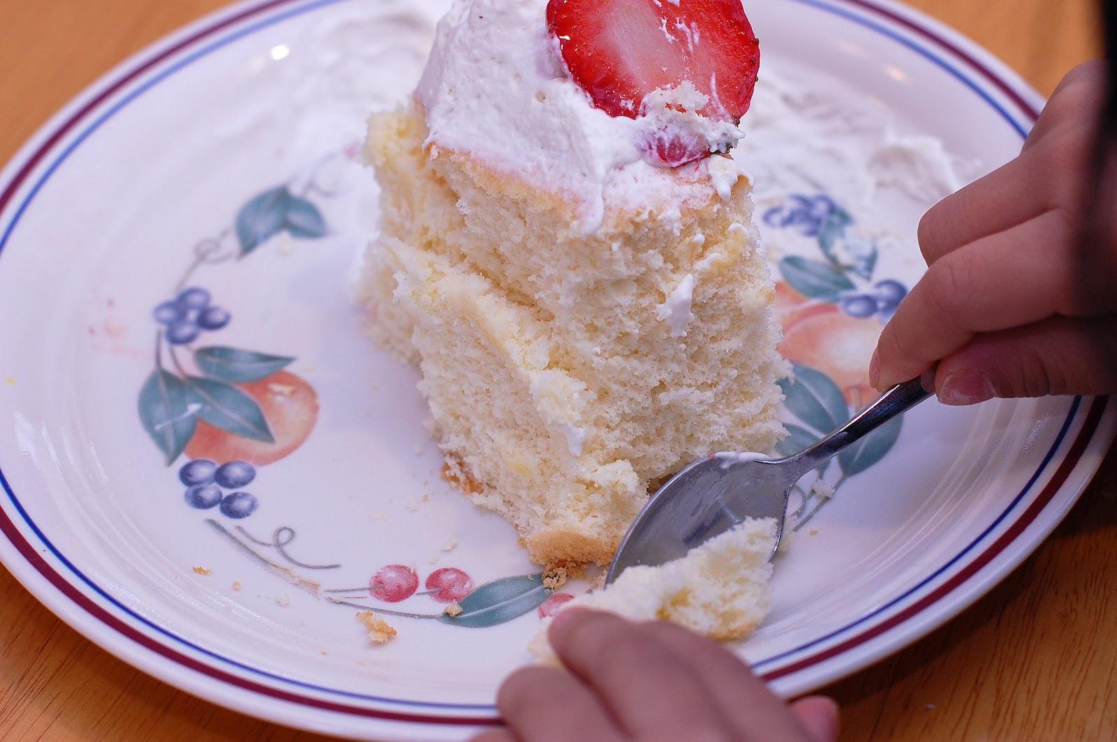 gluten free vanilla chiffon cake gluten free flour blend 1 1 4 cup ...
