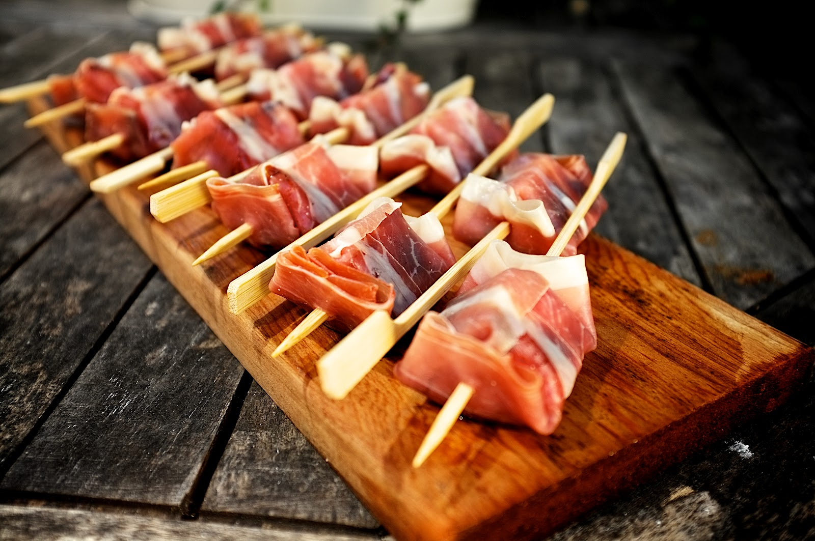 Goats cheese in pancetta with a balsamic glaze | Best BBQ Recipes ...