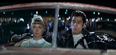drive in thater cinema grease sandy danny autocine brillantina olivia newton john travolta