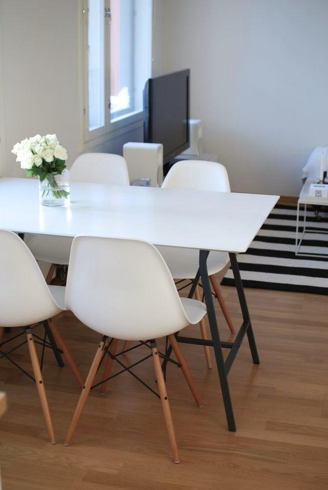 Kuistin kautta Väliaikaisen kodin väliaikainen pöytä