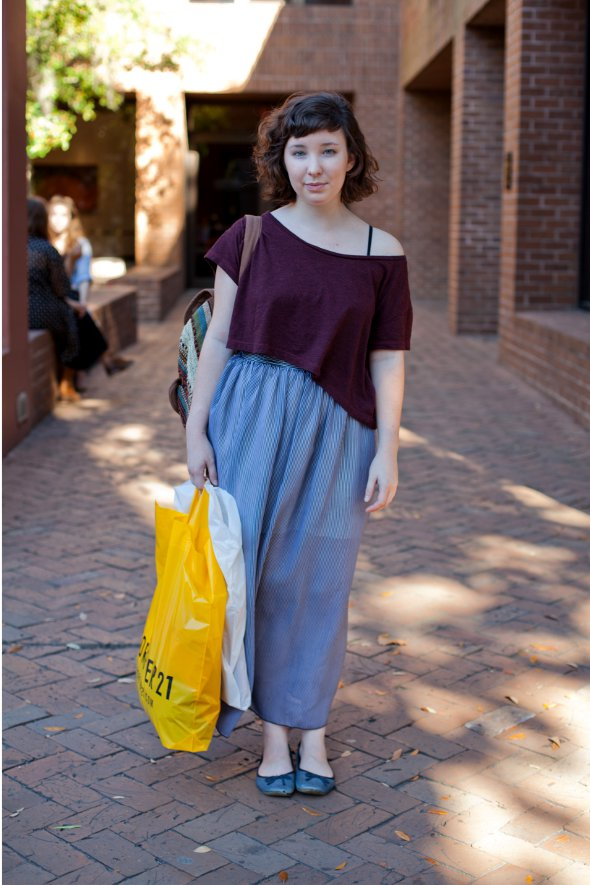 southern street style, southern fashion, womens street style, college street style, charleston, loose top sheer skirt, worn out flats.