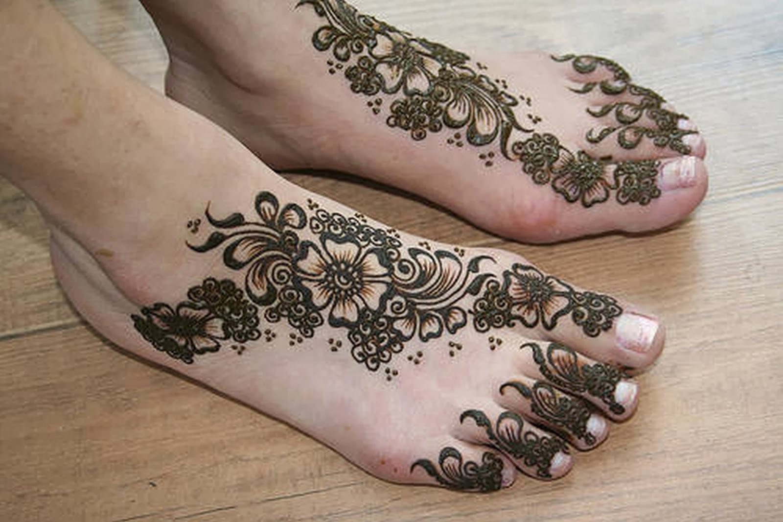 Mehndi Feet : Beautiful latest simple arabic pakistani indian bridal
