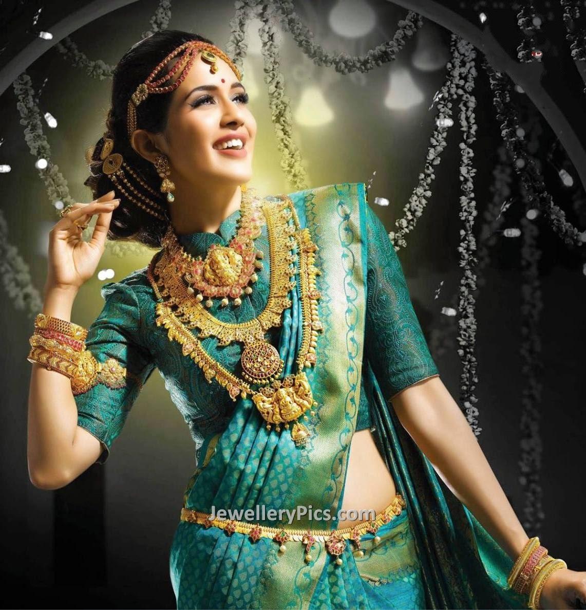 jewellery design pictures: Bhima Antique bridal jewellery