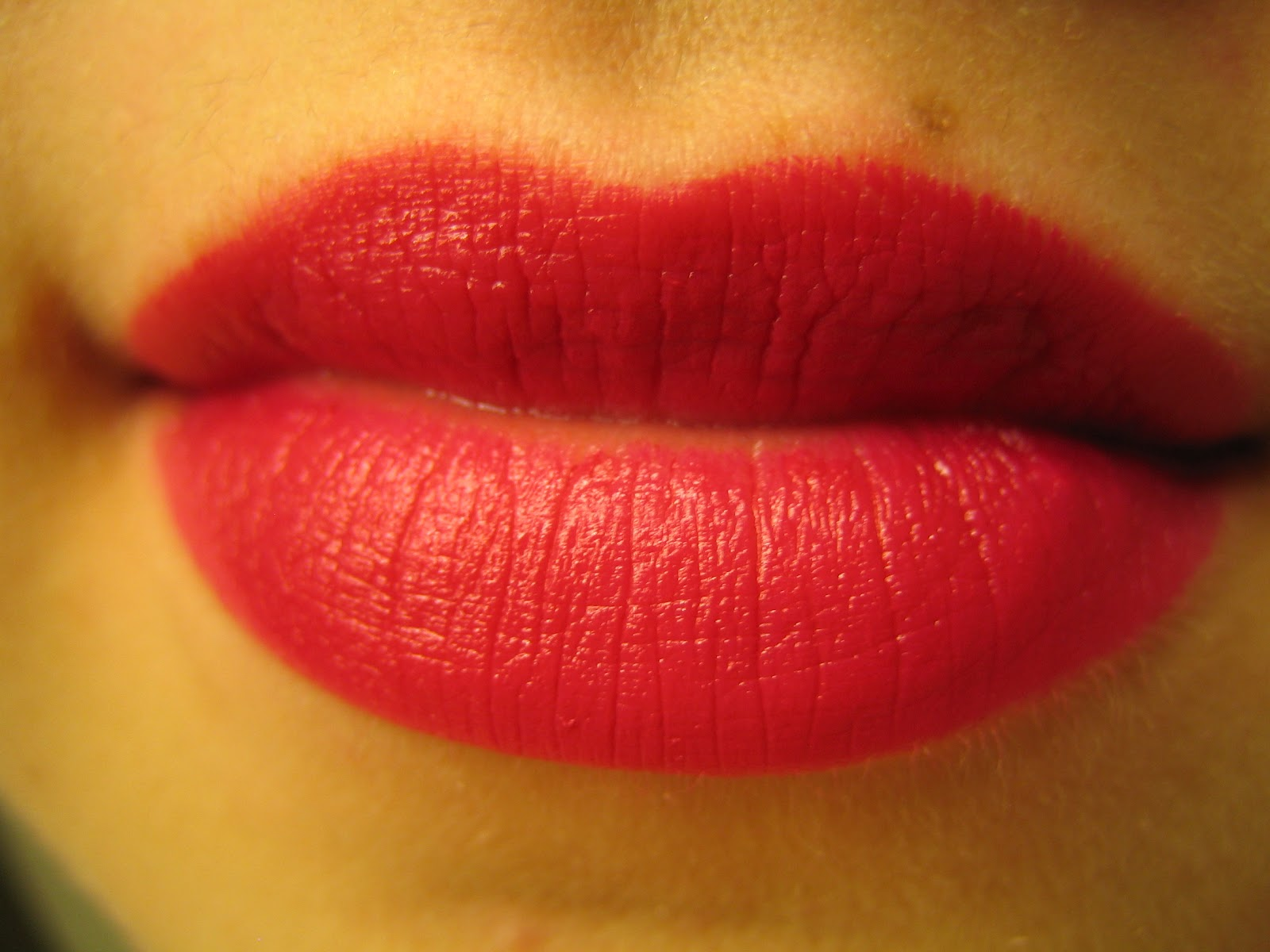 bower of blisse wet n wild mega last lipstick in cherry