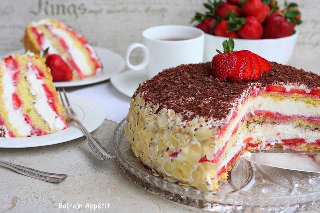 Truskawkowy tort stracciatella