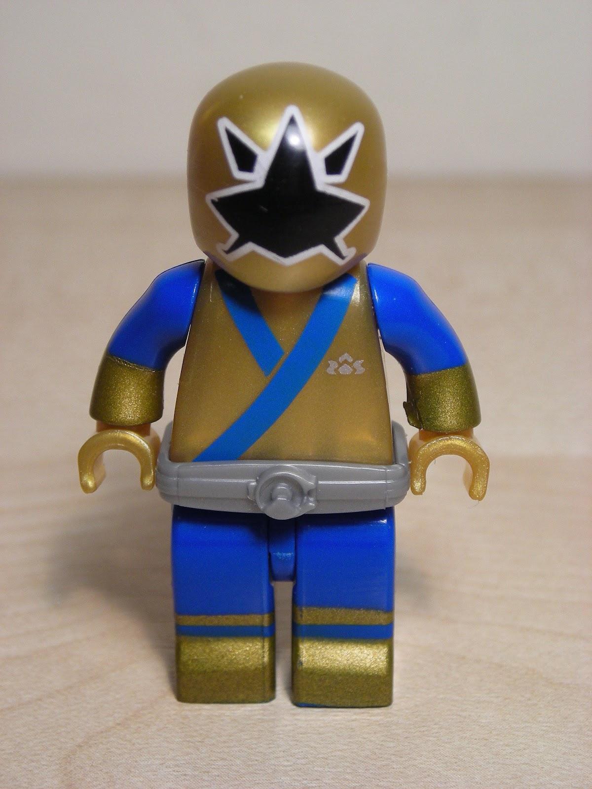 My Shiny Toy Robots: Mega Bloks Power Rangers Samurai ... Power Rangers Samurai Gold Ranger Barracuda Blade Toy